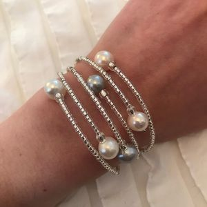 Jewelry - Silver Beaded Pearl Stretchy Bangle Bracelet Stack